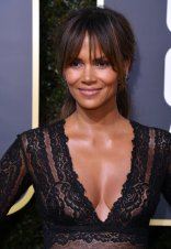 Halle-Berry-Hair-Makeup-Golden-Globes-2018